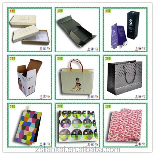 Kualitas Tebal Disesuaikan Tutup dan Bawah Kotak Kaku Kotak Hadiah dengan Sisipan Plastik
