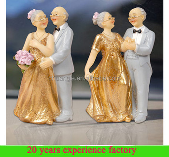 Resin Handmade Gift For 80 Year Old Man Love Statue