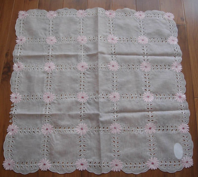 embroidery table cloth with cutwork