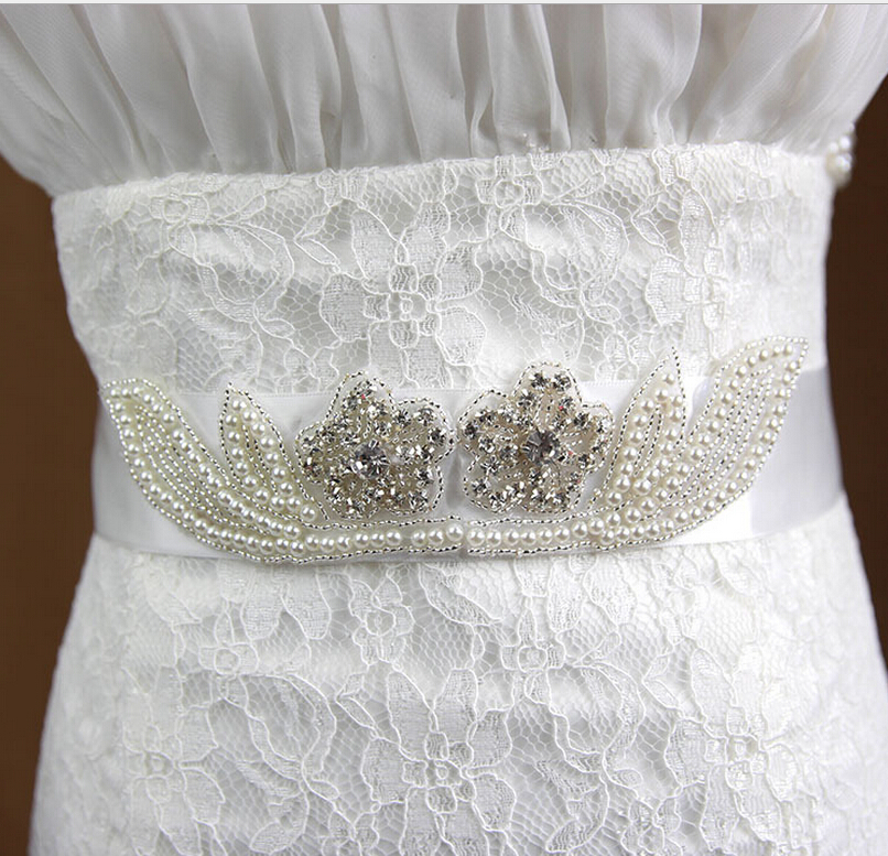 Flower Belts For Wedding Dresses: Hot Sale Handmade Pearl Bridal White Belt Wedding Dress