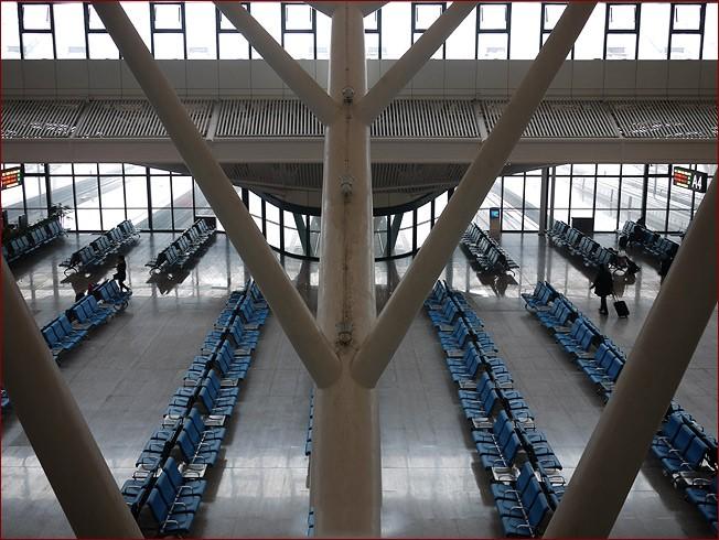 China Supplier Long Span Steel Truss Aircarft Hangar Construction ...