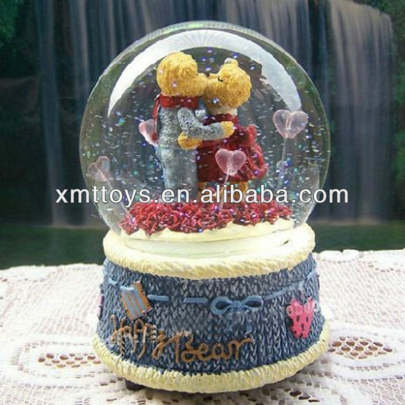 High Quality Musical Snow Globes Ornament Couple Lovers Music Boxes
