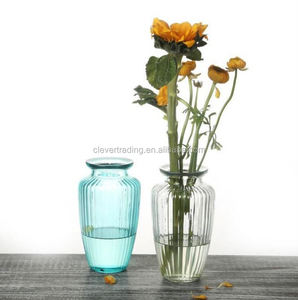 Hot Selling Giant Wine Fancy Light Color Glass Vase