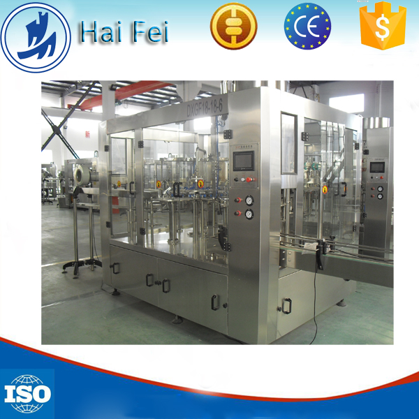 Automatic 3-in-1 carbonated soft drink filling machine / beverage bottling equipment