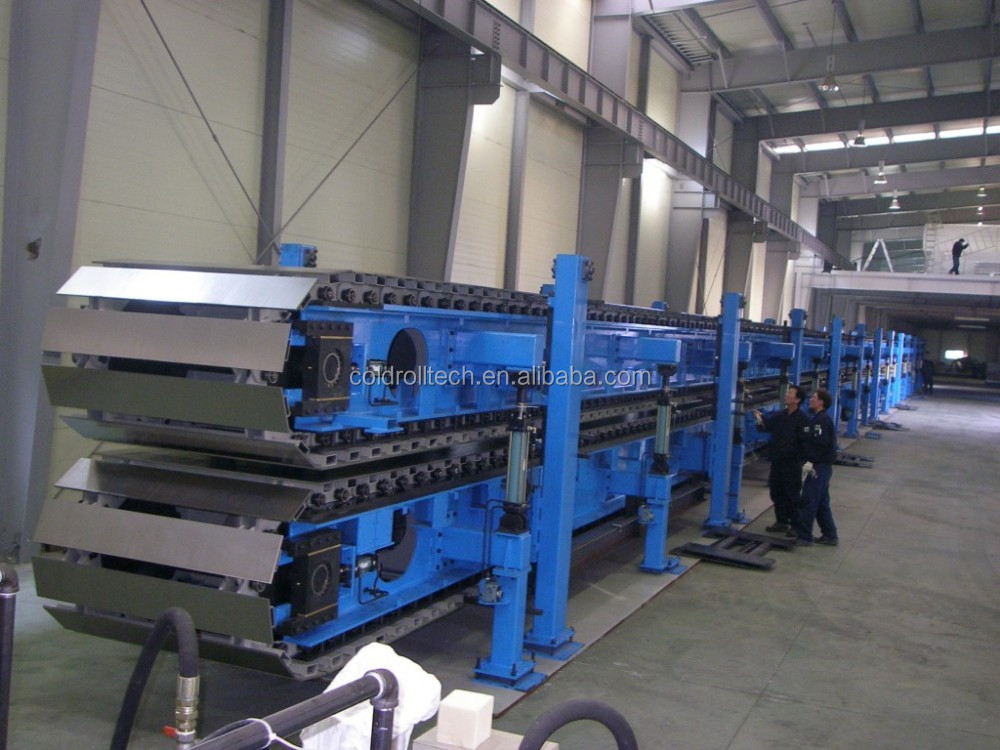 double soft surface sandwich panel making machine / PIR sandwich panel production line with pressing machine