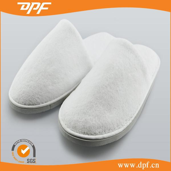 Factory cheap hotel disposable white embroider slippers