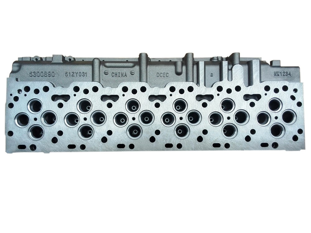 ISDE 6 Cylinder Head 5300890 for  Diesel Engine Parts