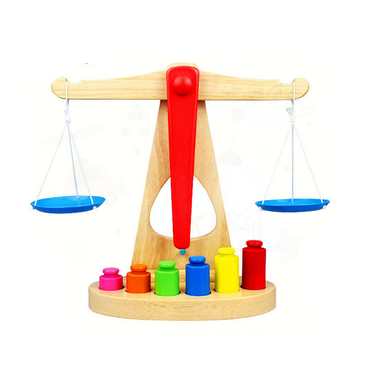 ילדים חינוכיים באיכות גבוהה עץ איזון משחק בקנה מידה צעצועי למכירה