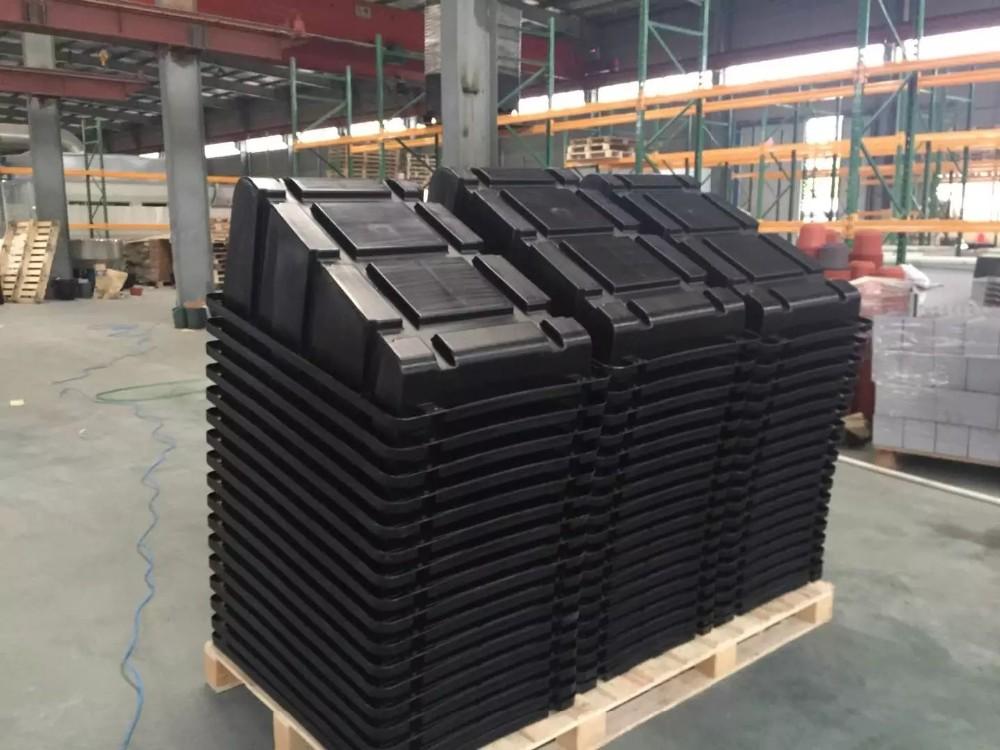 Adjustable Plastic Solar Panel Roof Mounting Bracket