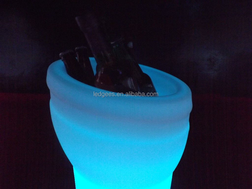 led ice cubes bucket/rechargeable party wine cooler