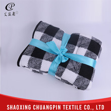 Promotion 100% polyester coral fleece thick fleece blankets