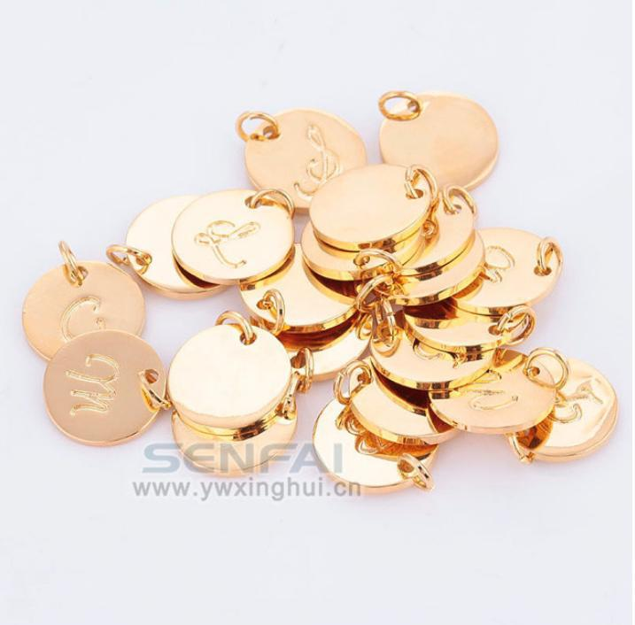 Wholesale Top Quality A-Z Gold Plated Charms Letter Stamp Initial Jewelry,Gold Disc Pendant alphabet Beads Charm for DIY Jewelry