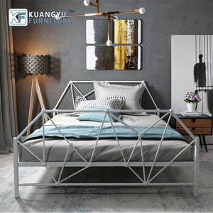 High quality luxury hotel bedroom metal bed for sale
