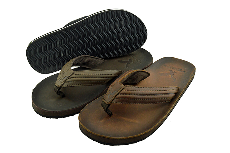 0bd8bbc66e6b7d Rubber material sole with pu upper flip flop custom slides slipper for men