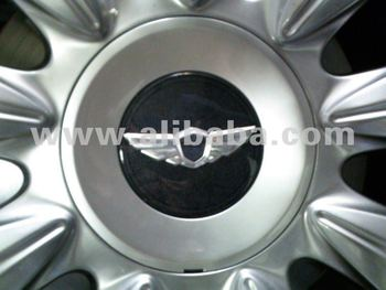 Genuine 08 12 Genesis Wing Emblems U0026 18u0026quot; Wheel Caps Kit (fits Hyundai