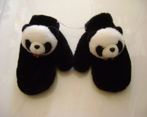 CUTE MINI BABY SOFT PLUSH GLOVE WITH PANDA HEAD FOR WINTER