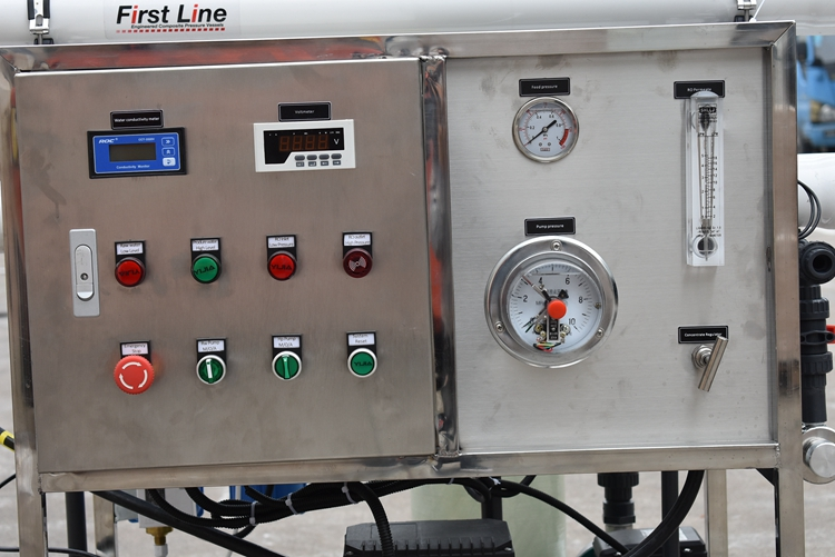 200 lph mini desalting sea water high desalination rate sea water filtration plant