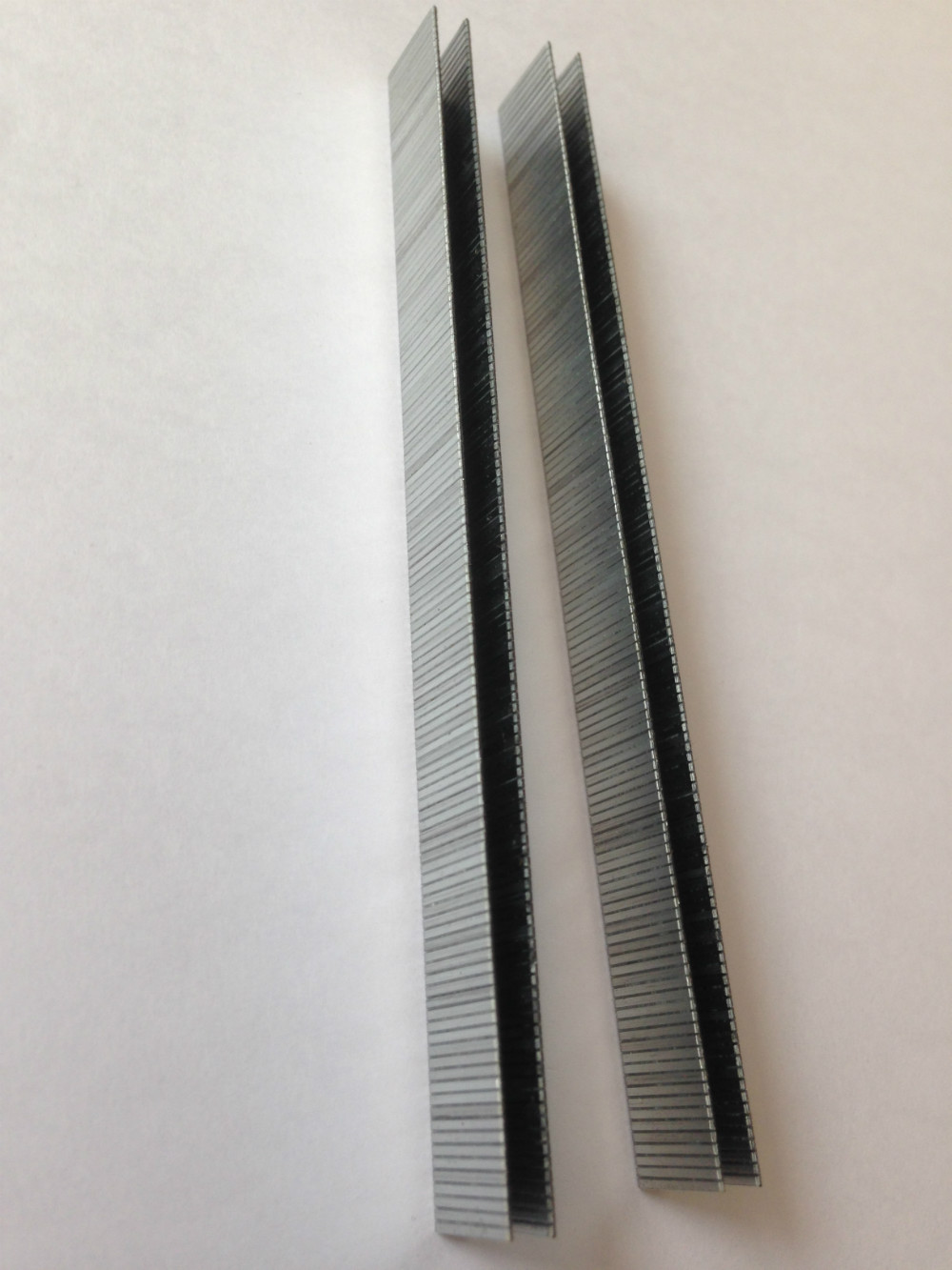 Hlwj galvanized wire high efficient cost 9712 industrial staple