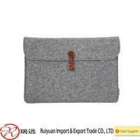 2015 high quality shcok proof felt tablet case with clasp made in China