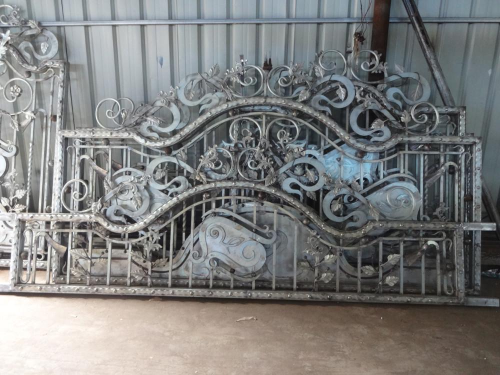 2015 Top -selling Modern Sliding Iron Gate Designs/main Gate ...