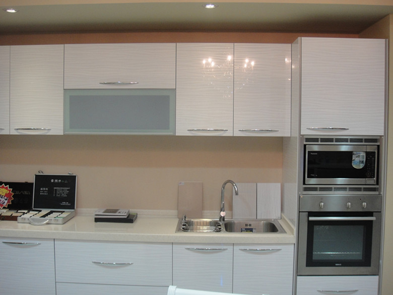 Foshan hot sale acrylic kitchen cabinet acrylic doors high for Acrylic paint for kitchen cabinets