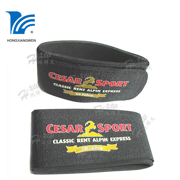 Personal Alpine ski band for ski racing