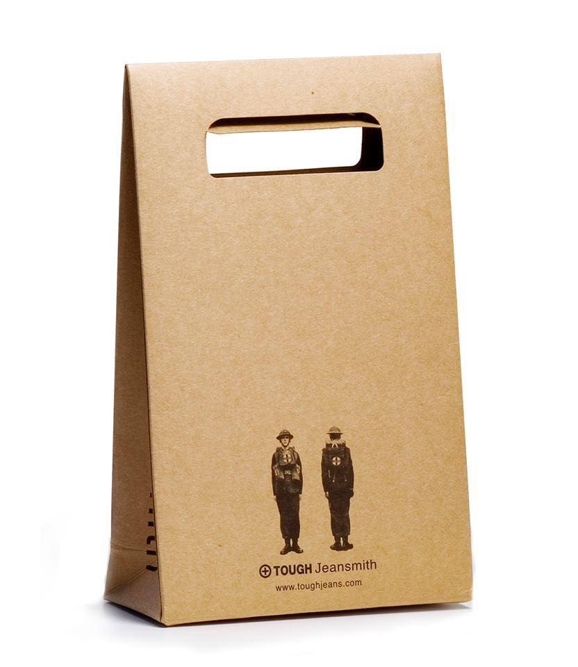 Hot Brown Kraft Paperboard Cut Handle Machine Making Paper Bag For Gift Packaging