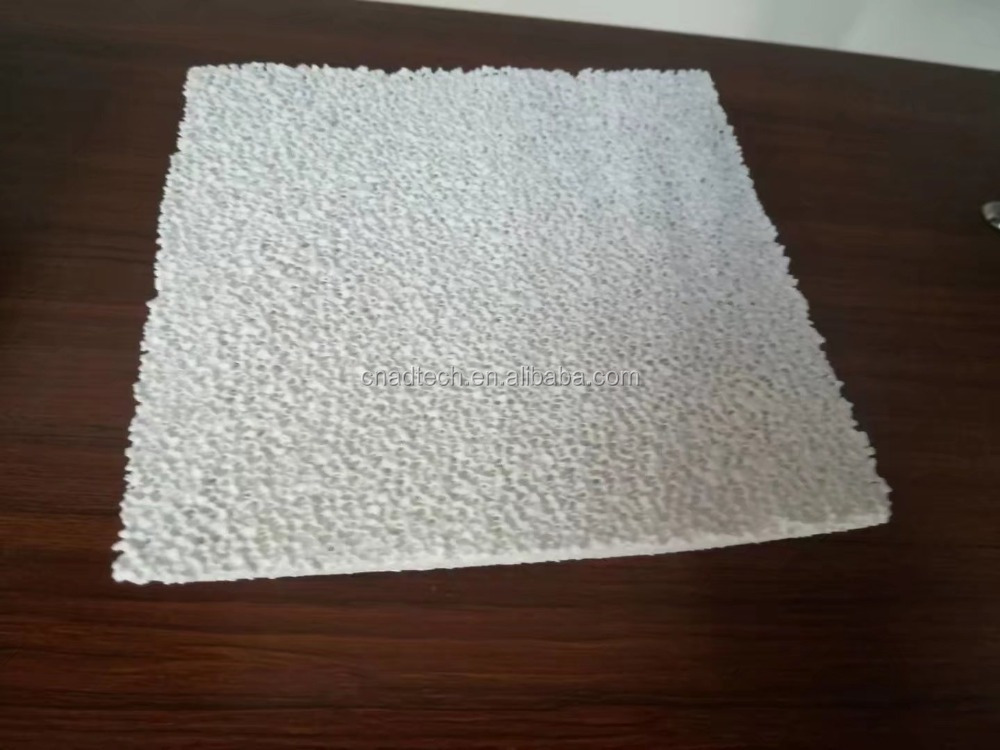 High strength ceramic honeycomb filter for metal casting
