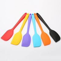 Heat large Sizes Kitchen Scraper For Cake Making Silicone Spatula Tool