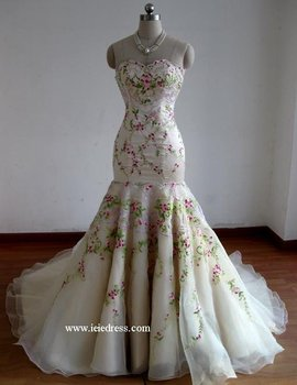 Beautiful High Quality Embroidered Wedding Dress Made To Order - Buy ...