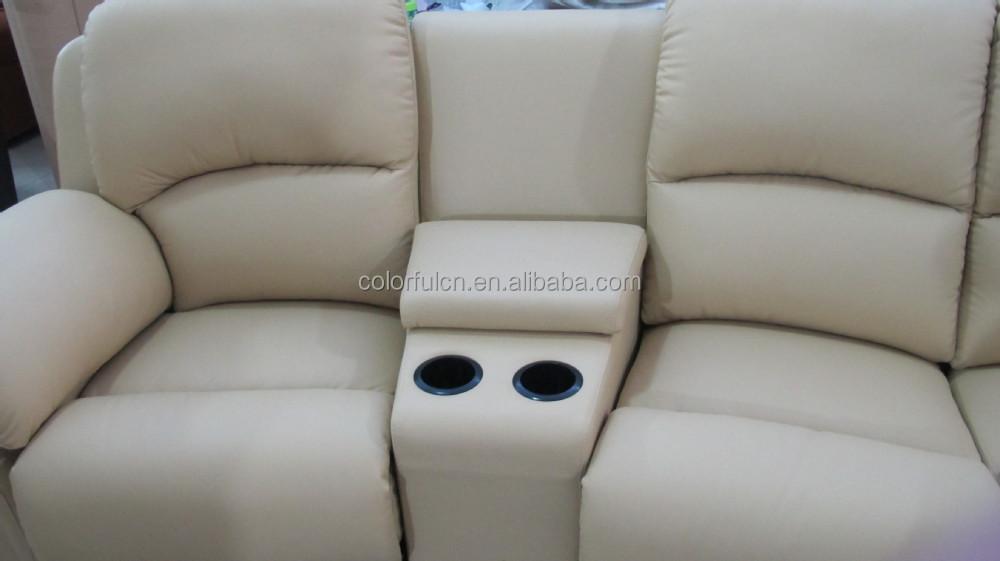 Divano Reclinabile 4 Posti : Divano reclinabile con tavolino per la casa solagna hotel 4 posti
