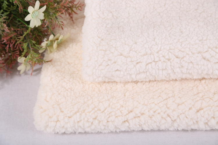 Shaoxing textile brushed polyester fabric thick sherpa fleece fabric