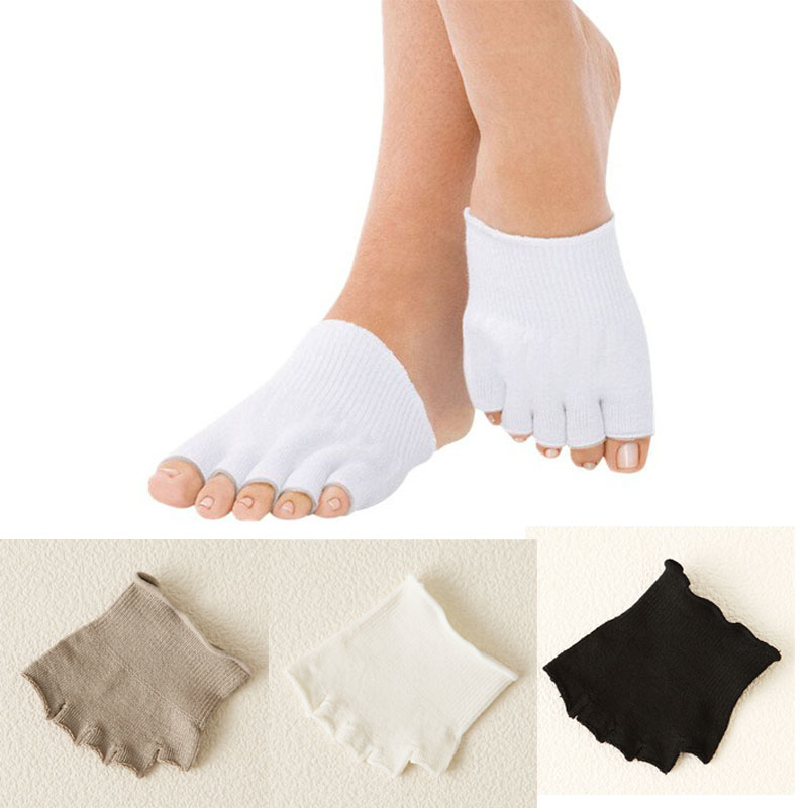 0bbb3f6008a Get Quotations · Hot 1 Pair GYM Massage Five Toe Separator Socks Foot  Alignment Pain Relief New Gel-