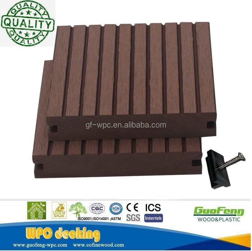 Easy Installation outdoor Wood Plastic Composite Oak color decking