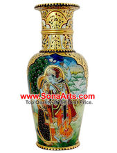 Beautiful Radha Krishna Painting on vase