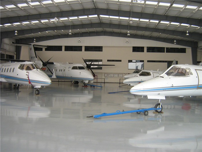 China Galvanized Steel Construction Portable Aircraft Hangar