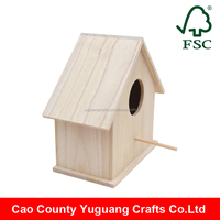 2018 Simple new design fashion natural wood good quality wooden bird house for home garden