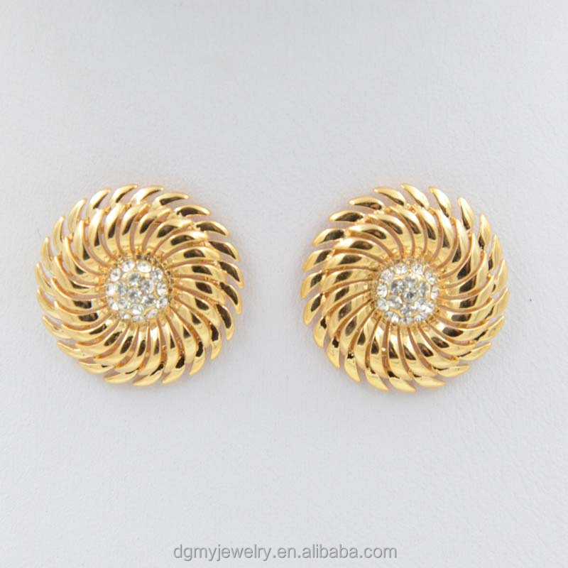 Amazing Simple Gold Ear Ring Design Images - Jewelry Collection ...