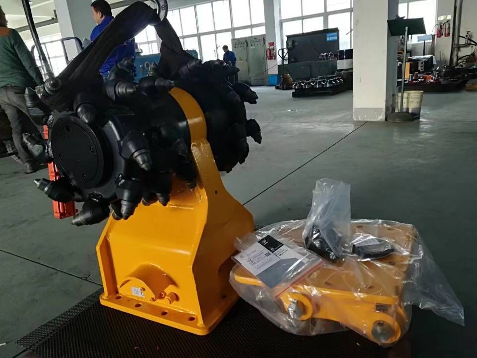 Hydraulic rotary drum cutter machine for 25-60 ton excavator for sale