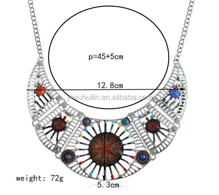 ZQ011 Colored Beaded Bohemian Style Flower Pattern Pendant Women Ethnic Bohemia Statement Necklace Female