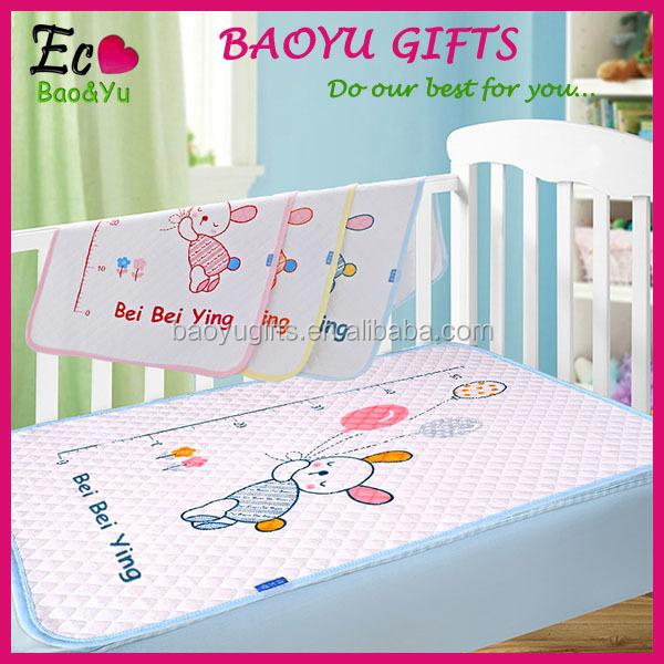 Waterproof Mat Newborn Baby Burp Changing Pad Bedding Nappy Cover 3 Sizes YU
