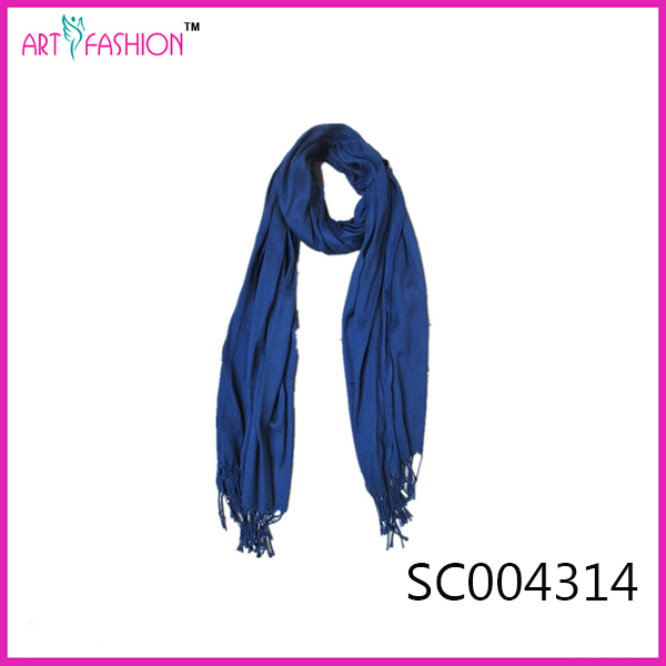 Factory directly high quality cheap women solid plain long cotton scarf with tassel wholsale