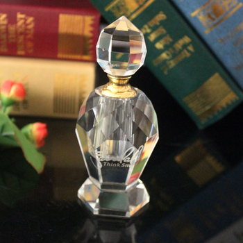 Custom perfume bottle  wholesale essential oil bottle