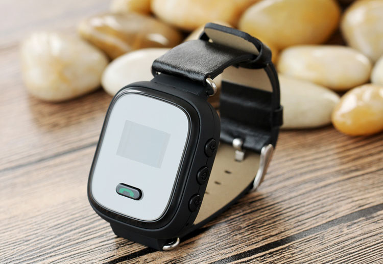 q523 gps tracking bracelet pour personnes g es avec sos. Black Bedroom Furniture Sets. Home Design Ideas