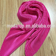 Cheap hot sale wrinkled design solid color snood scarf for fashion