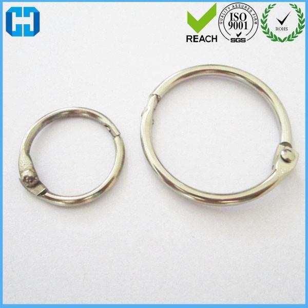 แหวนที่มีเพชรหลวม ๆ