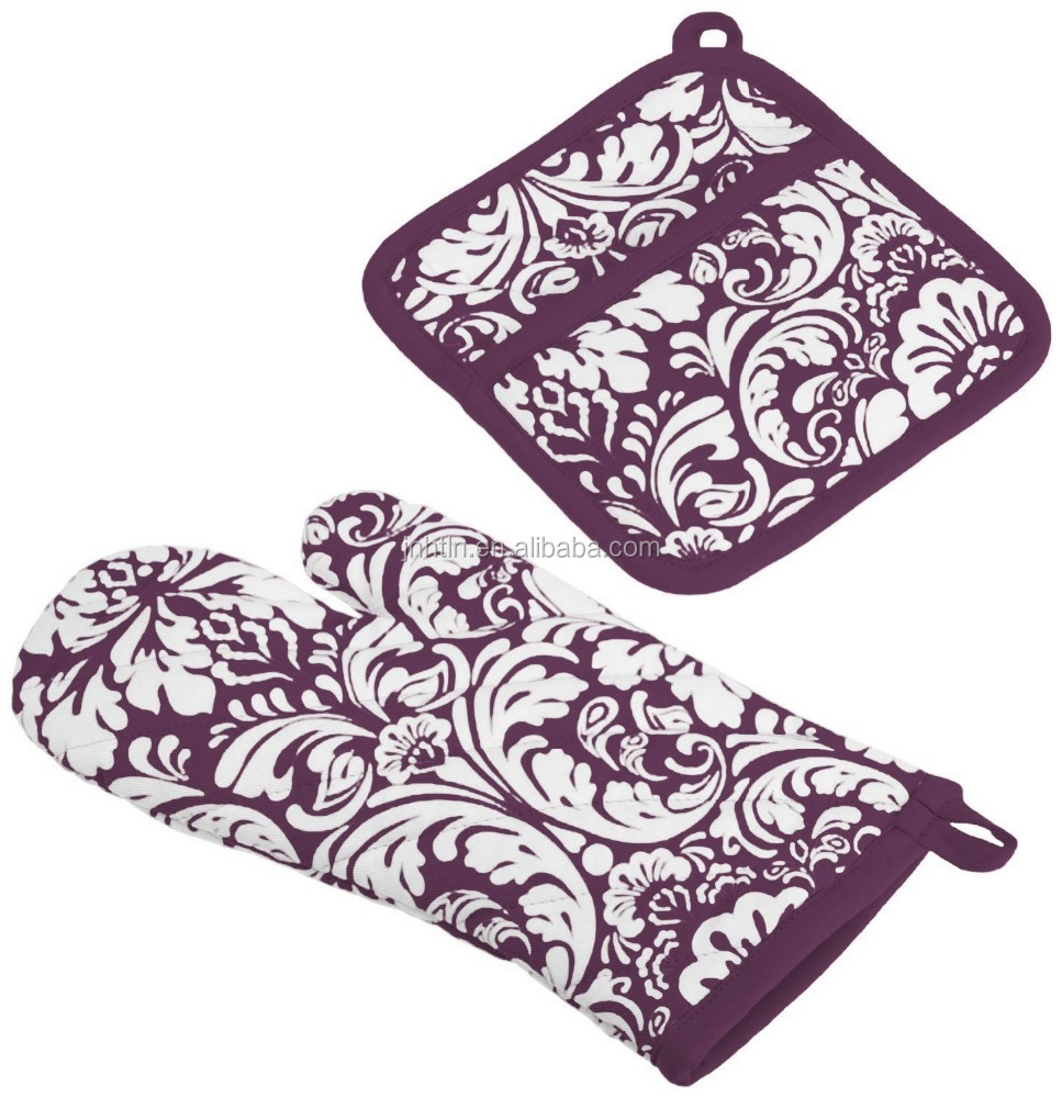 100% Cotton, Machine Washable, Everyday Kitchen Basic, Damask Printed Oven Mitt and Potholder Gift Set,