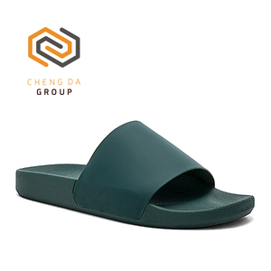 Custom Design Wholesale Cheap Outdoor Fashion Fancy Green Men Slide Sandals