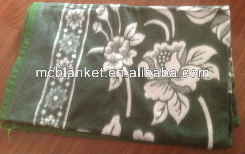 cotton blanket in green &white colour