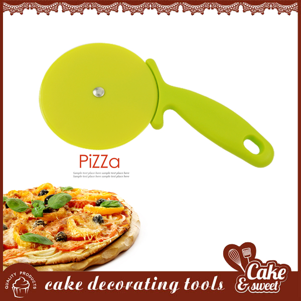 Color kitchen mold plastic pizza cutter